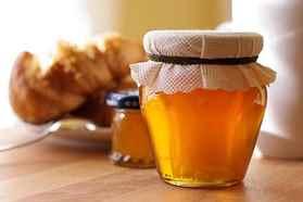 Творог с медом, польза для организма