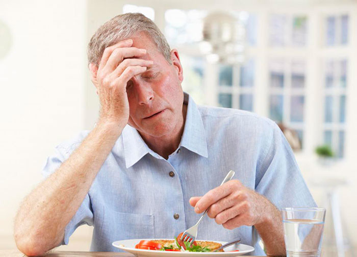 Потеря аппетита, причины, лечение, что делать