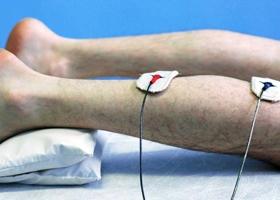 Что такое парестезии тела и конечностей, каковы их причины, диагностика и лечение?